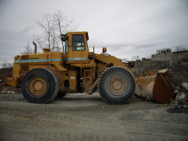 1987 Dresser 560b Wheel Loader For Parts Or Repair Engine Is Seized Up Mins Kt 19 C 8 Yd Bucket General E3 Front Tires Avg